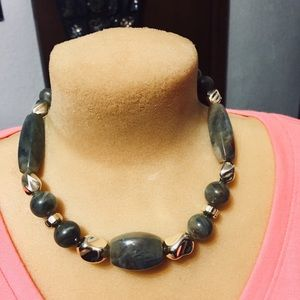 Gorgeous dark green and silver tone necklace